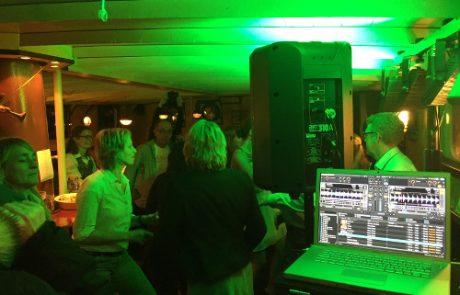 Hamburger DJ buchen für Ihre Geburtstagsfeier - DJ buchen Hamburg