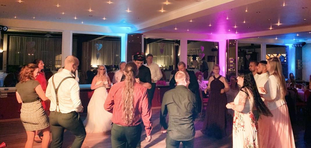 Was kostet ein DJ für eine Hochzeit